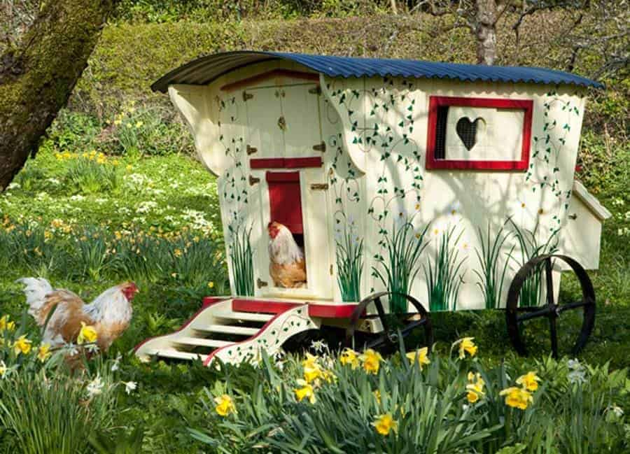 cool chicken coop on wheels